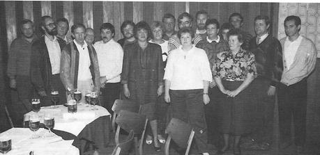 Die Frauen und Männer der ersten Stunde auf der HSC-Gründungssitzung im August 1988: