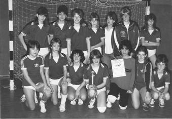 Einen Turniersieg beim internationalen Hallen-Turnier des MTV/PSV Braunschweig errang die weiblichen C-Jugend
