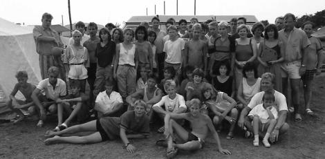 Die Handball-Jugend startete im Juli mit ihren Betreuern zu einer 14-tägigen Jugendfreizeit nach Rovinj, Jugoslawien.
