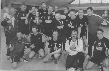 Herren Bezirkspokal-Sieger und Abschiedsspiel für den langjährigen Spielertrainer Jörg Grandt.