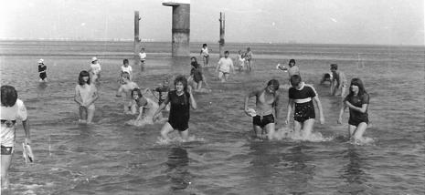 Im Juni, 14 Tage Jugendfreizeit im Nordseebad Tossens