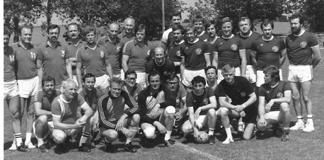 Im Juni, während der Sportwoche des TSV Ehmen wurde wieder eine Begegnung gegen die Deutsche Meistermannschaft auf Großfeld von 1963, VfL Wolfsburg, ausgetragen